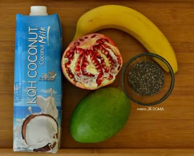 Sladki kozarčki s Koh Coconut kokosovim mlekom, chia semeni in mangom