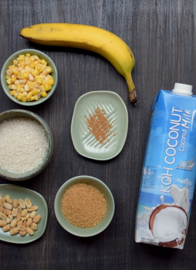 rizev in koruzni puding s karamelizirano banano sestavine