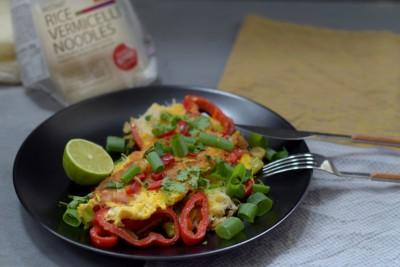 Zelenjavna omleta z riževimi rezanci - Do zadnje žlice